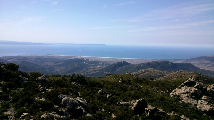 Algo único en el mundo. La vista de Tarifa y África desde las antenas. MtbTarifa