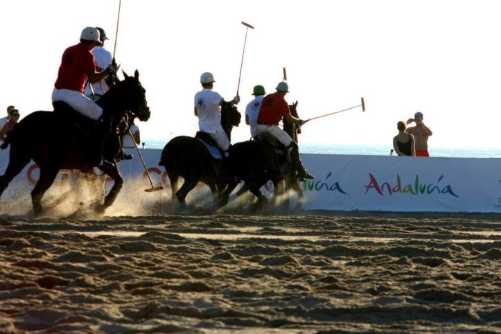 Sunset Beach Polo en las playas de El Palmar