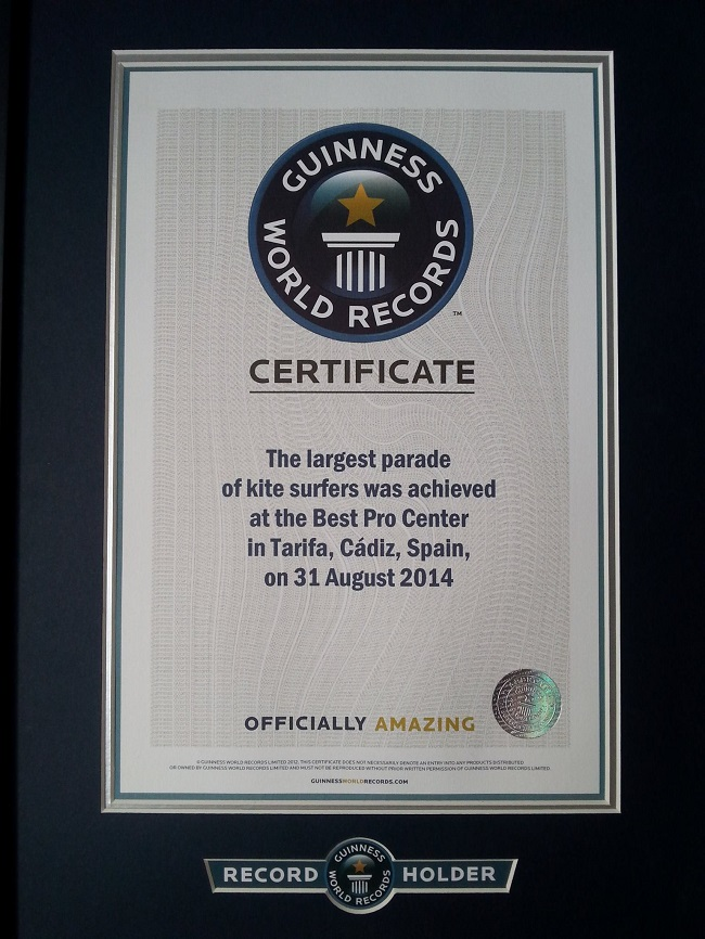 Certificado Guiness Record Mundial Kitesurfers Tarifa