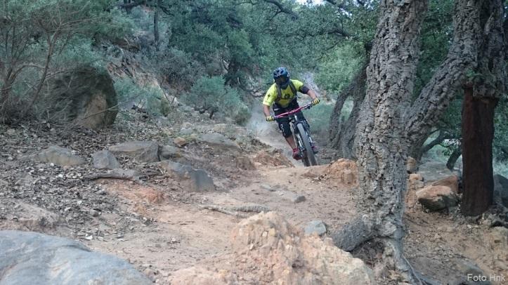 Uno de los deportes más populares es ciclismo de montaña. Rutas desde Hotel Aristoy