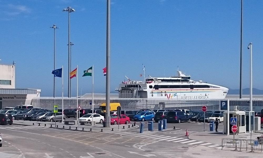 aparcamiento puerto de tarifa