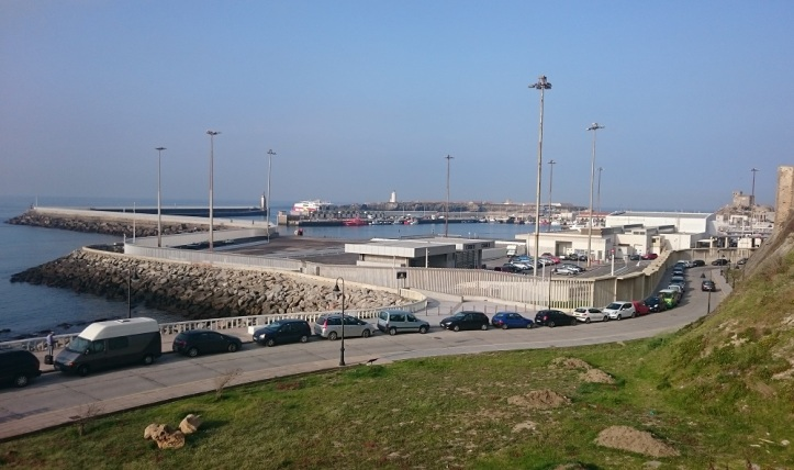 La muralla del Puerto de Tarifa