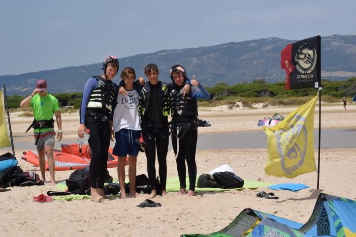 KLS Clases de kitesurf en la playa de Los Lances