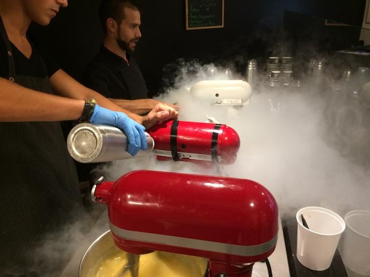 Azoe helados y bombones nitrogenados
