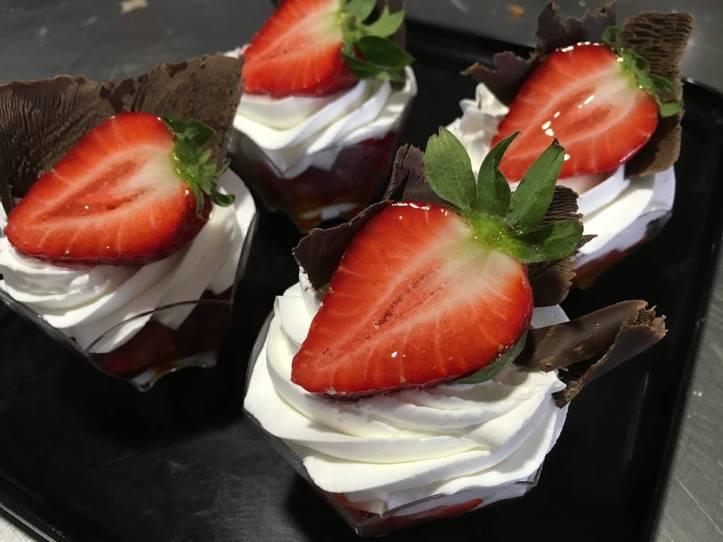 Dulce zahara fresas con chocolate