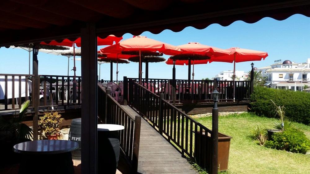 Restaurante a pie de la playa