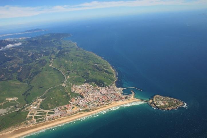 Tarifa ubicado en el estrecho de Gibraltar