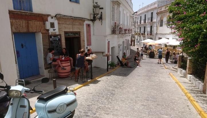 Tapeando en calle Guzmán el Bueno