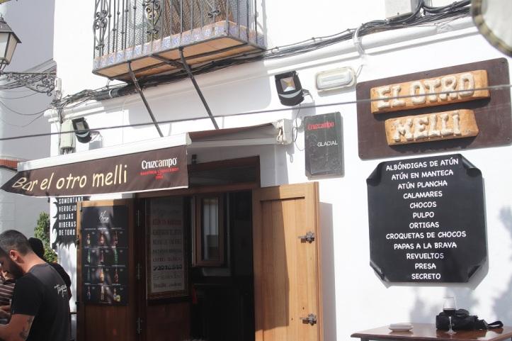 Bar de Tapas en Plaza San Martin de Tarifa.JPG