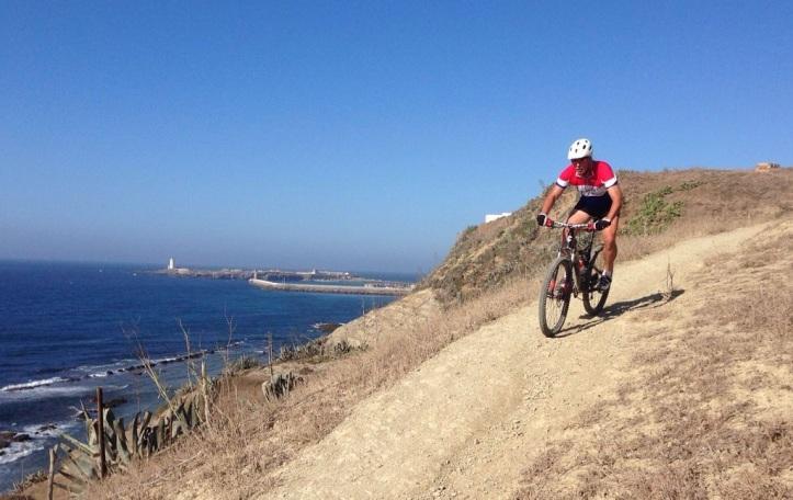 ruta en bici en Tarifa desde la costa del sol